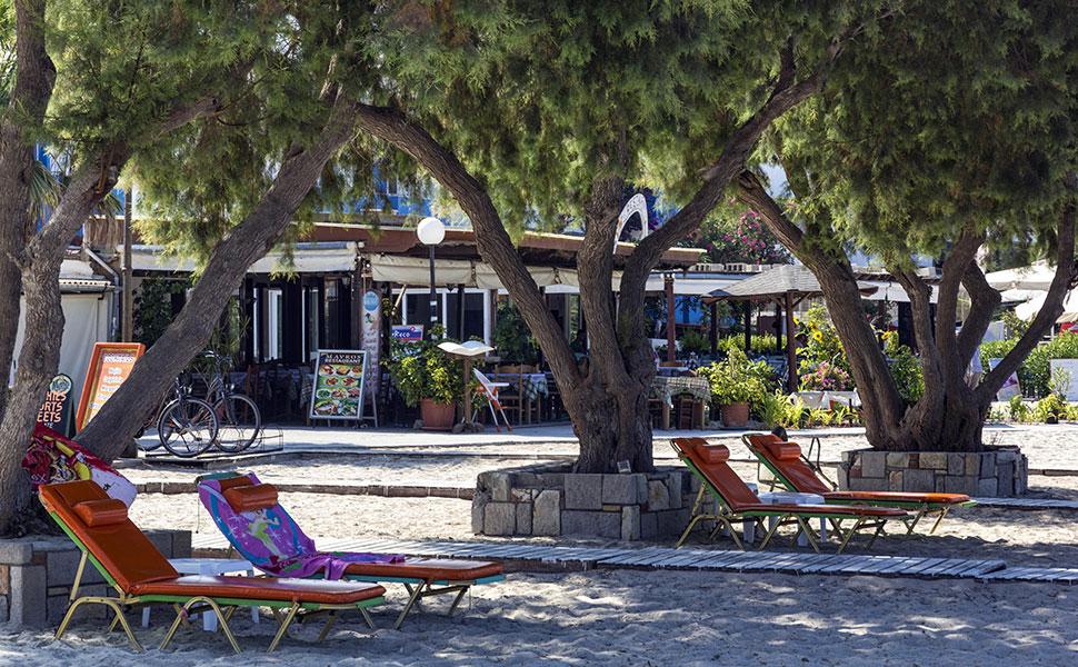Mastichari organized beach