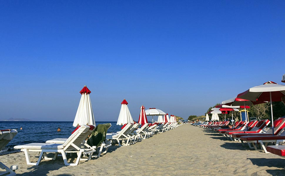 Tigaki beach ideal for families