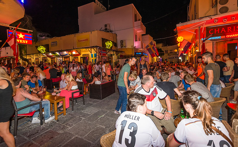 Bar street in Kos - Nightlife for young people | Kos4all.com