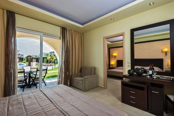 Family Room 2 Bedrooms with Pool View