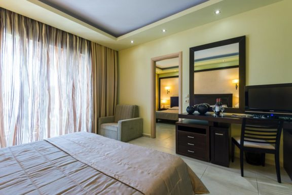 Family Room 2 Bedrooms - Gaia Palace Hotel